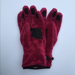 8347ba54c The North Face pink faux fur winter gloves